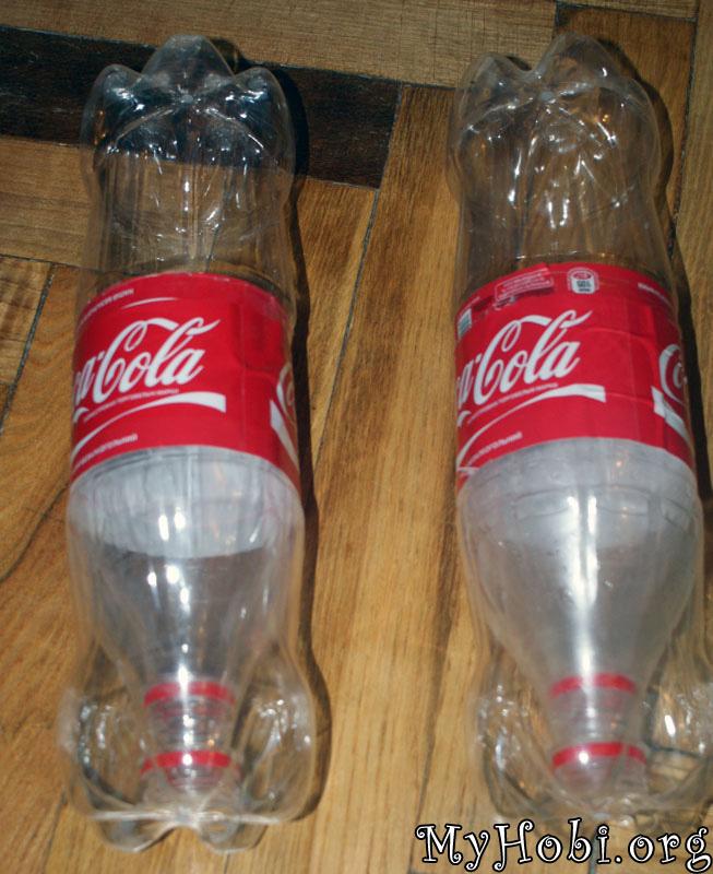 целую бутылку вставляем внутрь готовой конструкции 1