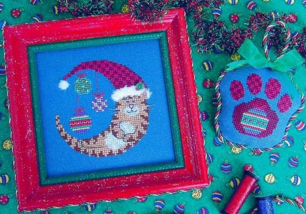 Stitchy Kitty SKCM4 Christmas Kitty Moon and Paw